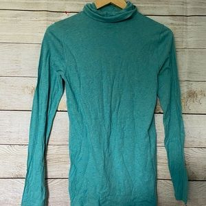 J Crew Turquoise turtle neck size small NWOT